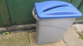 Rubbermaid Slim Jim Bin & Waste Paper Slot Recycling Lid - Blue & Grey Plastic