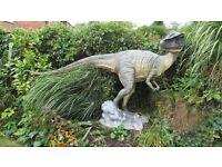 H U G E Raptor Dinosaur