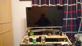 """[BROKEN] 32"""" Samsung Smart TV"""