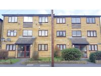 Newly Refurbished 1 Bed Flat To Let In Heathwood Court, Hounslow, TW3! PARKING AND MODERN!