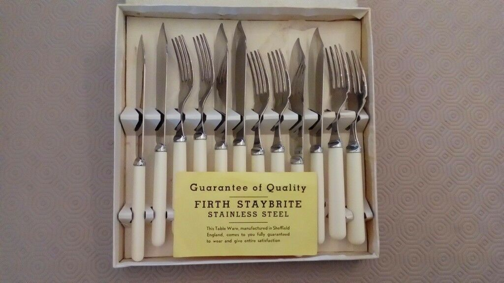 Six sheffield stainless fish knives and forks -FIRTH STAYBRITE
