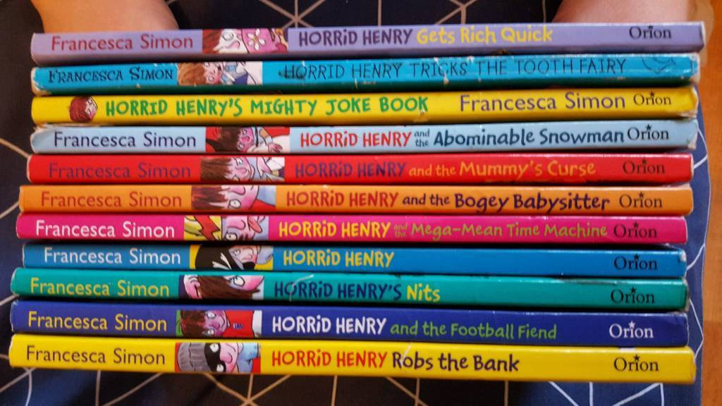 11 horrid Henry books