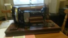 Vesta cylinder shuttle sewing machine