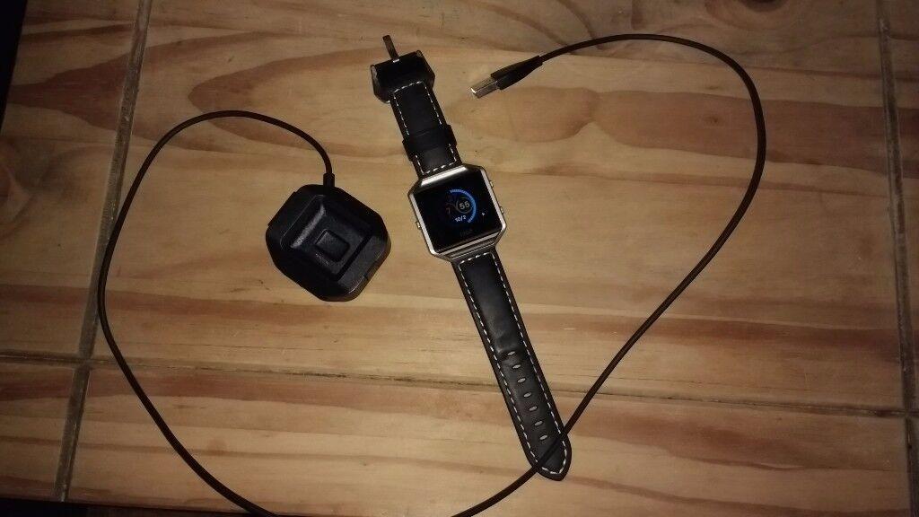Fitbit Blaze fitness tracker/smart watch