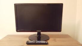 "Samsung LED 1080p 22"" TV with USB"