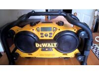 Clean Dewalt DC011 Site Radio/Built in charger, with battery etc. GWO. See photos & details