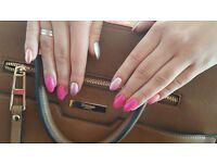 Mobile nail technician. Liquid gel, pedicure, shellac nails. Zone 1-4