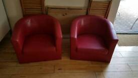 Tub chairs red
