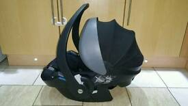 Besafe car seat in very good condition! with manual book clean and from smoke free home! can deliver