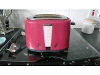Red prestige 2 slice toaster