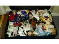 Loads of pot dolls