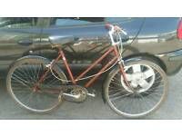 Ladies Raleigh classic traditional vintage townbike