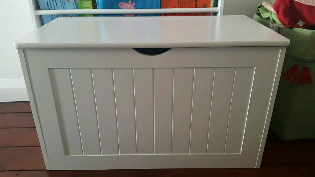 Ikea White Blanket Box Toy Chest Great Used Condition