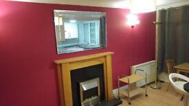 One-bedroomed furnished flat in Deepcar Sheffield recently refurbished £350 pcm