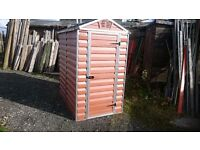 Polycarbonate Shed 6ft x3ft 8 inch polycarbonate as new