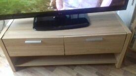 tv stand / tv unit / oak wood