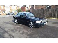 1998 MERCEDES BENZ C200 SPORT MANUAL BLACK 2 PREVIOUS OWNERS FULL SERVICE HISTORY 2 KEYS AMG ALLOYS