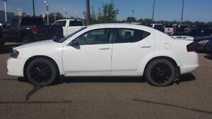2013 Dodge Avenger SE, Low Km's
