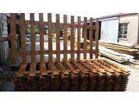 Flat top picket 6ft x 3ft