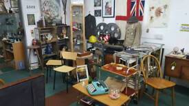 Buy & Sell Antiques & Collectables