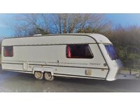 LARGE TWIN AXLE ABI AWARD SUPERSTAR 4/5 BERTH