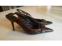 Zara Brown leather shoes - Size 40 - hardly worn