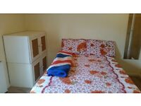 6 Minutes walk from Woolwich Arsenal Station One Master Bedroom available for couples or two persons