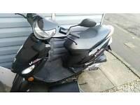 Peugout v clic 50 cc 2012 plate