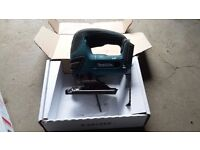 makita lxt 18v jigsaw body only used for 1 week