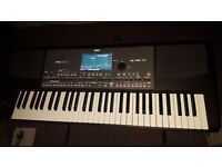 Very good korg pa600 imaculate condition work 100%fine