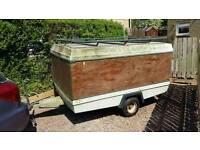 Concodre box trailer