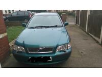 volvo S40 2001/1.6 petrol manual...for good condition