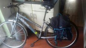 Women's Hybrid Bike
