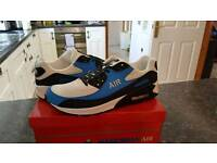 Mens trainers new £25