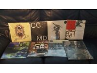 52 indie/metal/jazz/punk/ambient vinyl records:The hives,T.rex,Rush,The flames,Deus...