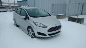 2015 Ford Fiesta 4dr Sdn SE  A/C MAGS