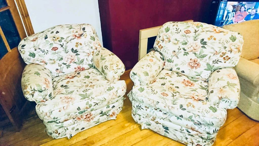 FREE Armchairs | in Chorlton, Manchester | Gumtree