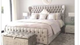 Silver diamond buttons velvet bed