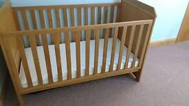 COT BED IN OAK (with mattress)