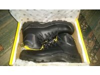 NEW ambler safety tough woking comfort steel toe boots in box UK 8