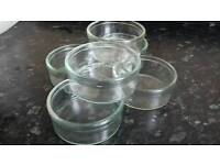 6 glass dishes