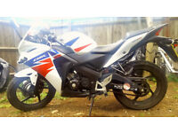 Honda CBR125 lady owner, only 2400miles on a clock!