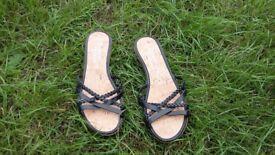Block heel sandals - size 7