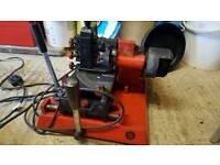 Mortice key cutting machine