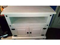 White Medium Sized Cabinet