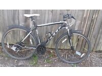 19inch mens Feelt hybriid bike good condition and in good working order