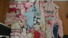 Baby girl bundle 0-3 pick baby bath and baby carrier