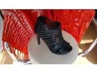 New Look ladies strappy heels