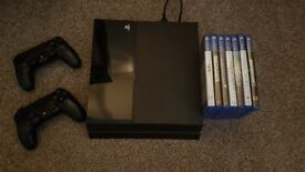 PS4 + 2 controllers + 7 Games
