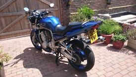 Yamaha Faser 1000 reluctant sale, great looking bike, great runner, low mileage